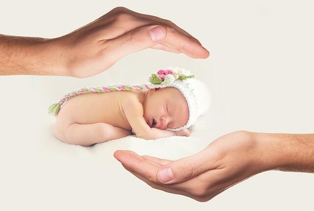 śluz w kupce niemowlaka
