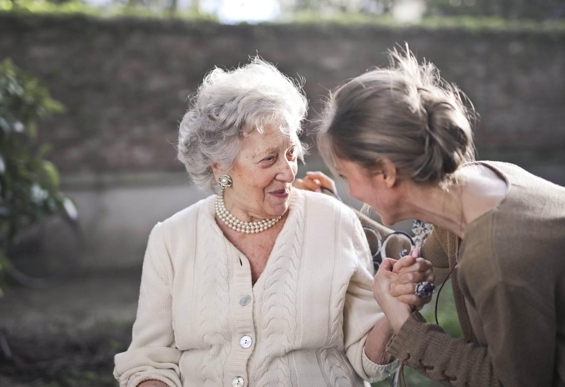 Dom opieki dla seniora - dlaczego to dobre rozwiązanie?